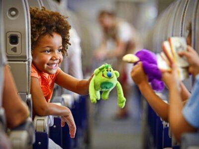 Как развлечь ребенка в поездке?