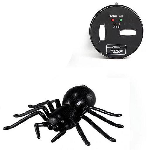 Робот-паук на инфракрасном управлении